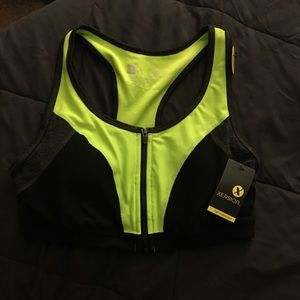 Xersion size medium zip up sports bra